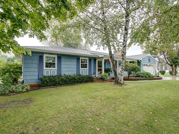 3 bed 2 bath Single Family at 1335 Stark St Kewaskum, WI, 53040 is for sale at 214k - 1 of 32