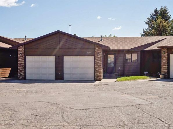 3 bed 3 bath Condo at 809 24th Ave SW Minot, ND, 58701 is for sale at 217k - 1 of 18