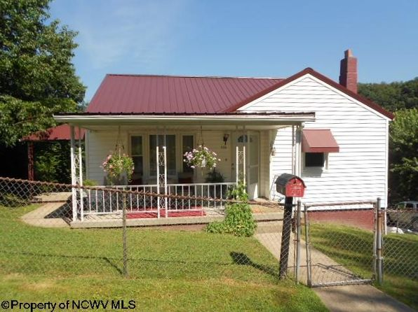 2 bed 1 bath Single Family at 719 Indiana Ave Nutter Fort, WV, 26301 is for sale at 110k - 1 of 14