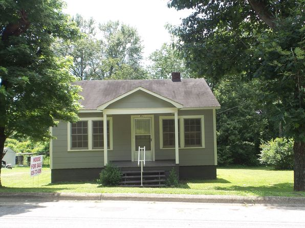 2 bed 1 bath Single Family at 1642 Berkley St SW Lenoir, NC, 28645 is for sale at 50k - 1 of 14