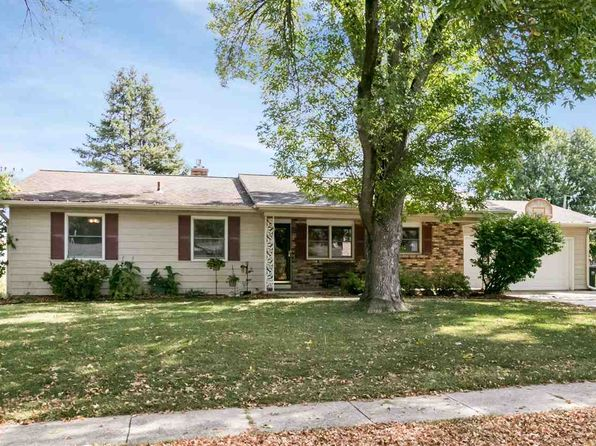 3 bed 2 bath Single Family at 414 Woodridge Ave Iowa City, IA, 52245 is for sale at 255k - 1 of 30