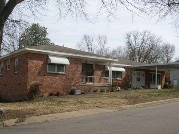 3 bed 2 bath Single Family at 1204 N 9TH ST VAN BUREN, AR, 72956 is for sale at 125k - 1 of 17