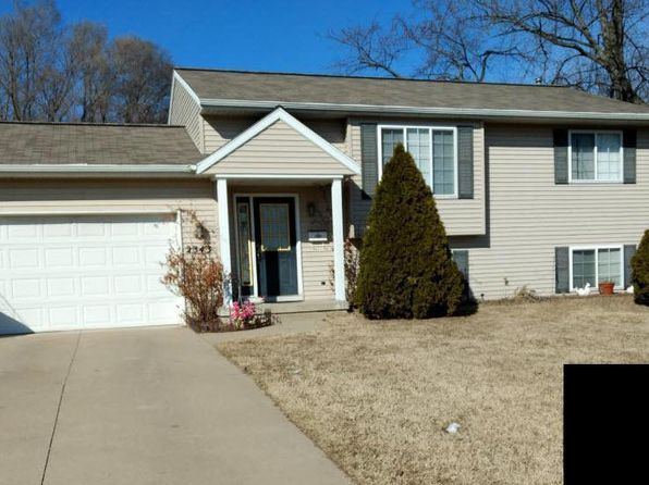 4 bed 2 bath Single Family at 2343 29th St SW Wyoming, MI, 49519 is for sale at 170k - google static map