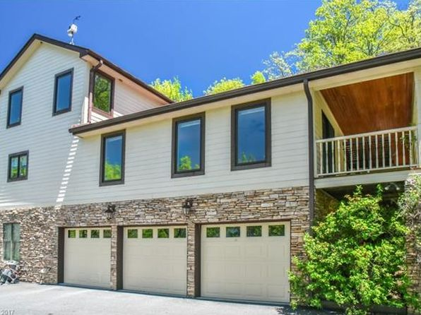 3 bed 4 bath Single Family at 7 Glencairn Hts Black Mountain, NC, 28711 is for sale at 450k - 1 of 22