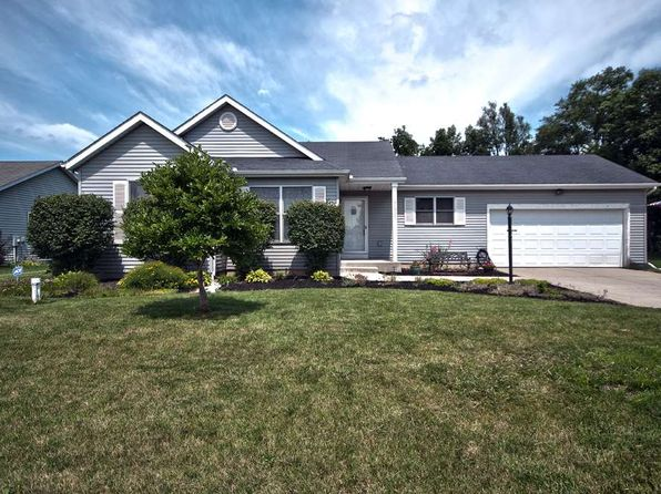 3 bed 3 bath Single Family at 30357 Dunhill Xing Elkhart, IN, 46517 is for sale at 158k - 1 of 22