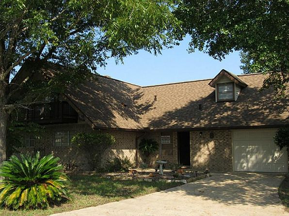 4 bed 3 bath Single Family at 8 Candlestick Dr Trinity, TX, 75862 is for sale at 169k - 1 of 31
