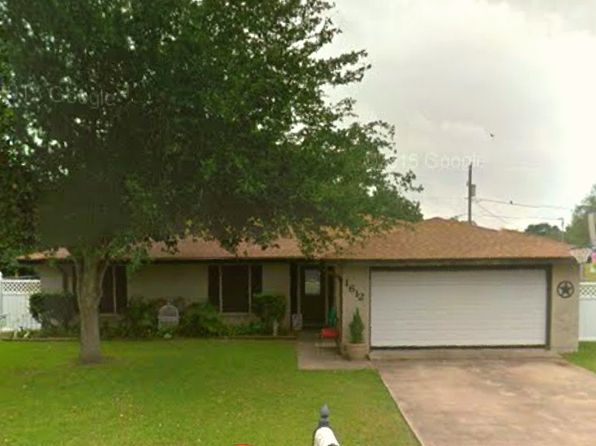 3 bed 2 bath Single Family at 1612 Avalon St Port Lavaca, TX, 77979 is for sale at 154k - google static map
