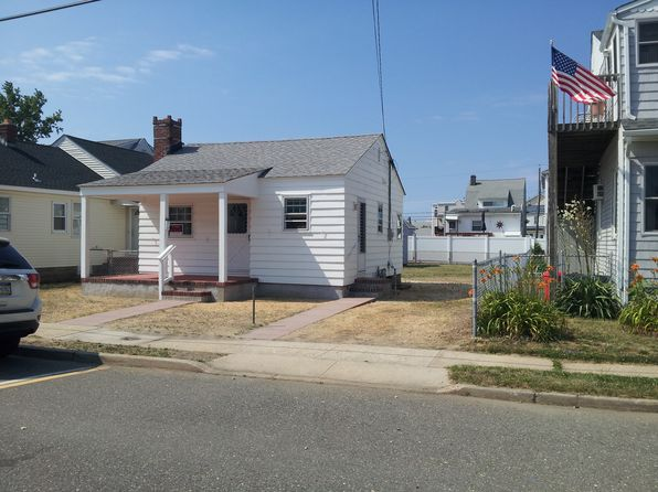 2 bed 1 bath Single Family at 250 FREMONT AVE SEASIDE HEIGHTS, NJ, 08751 is for sale at 167k - 1 of 11