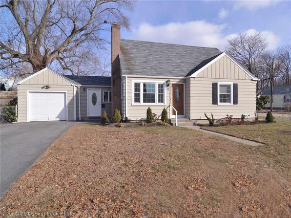 3 bed 1 bath Single Family at 34 Hampshire Rd Cranston, RI, 02910 is for sale at 219k - 1 of 29