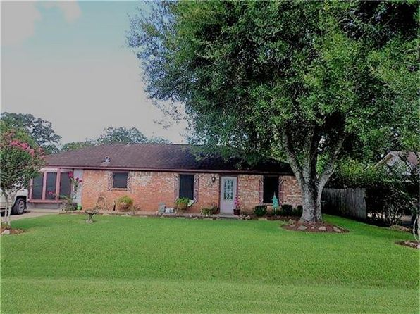 3 bed 2 bath Single Family at 409 TRAVIS ST WEST COLUMBIA, TX, 77486 is for sale at 140k - 1 of 17