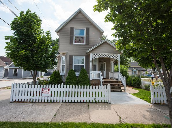 4 bed 1 bath Single Family at 397 CENTRAL AVE HOLLAND, MI, 49423 is for sale at 137k - 1 of 16