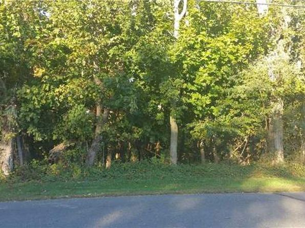 null bed null bath Vacant Land at 17 N Midway Rd Shelter Island, NY, 11964 is for sale at 350k - 1 of 13