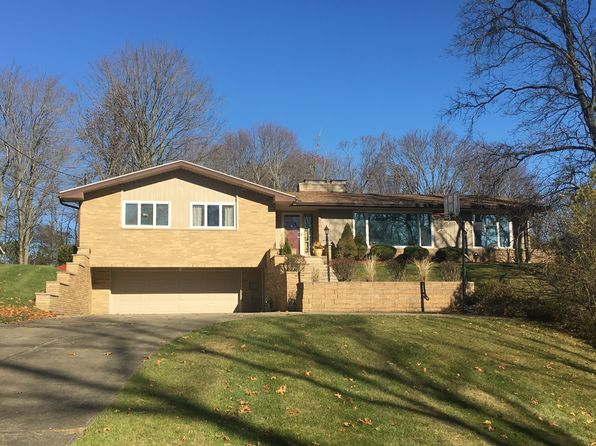 5 bed 3 bath Single Family at 7533 Amber Ln Brecksville, OH, 44141 is for sale at 320k - 1 of 29