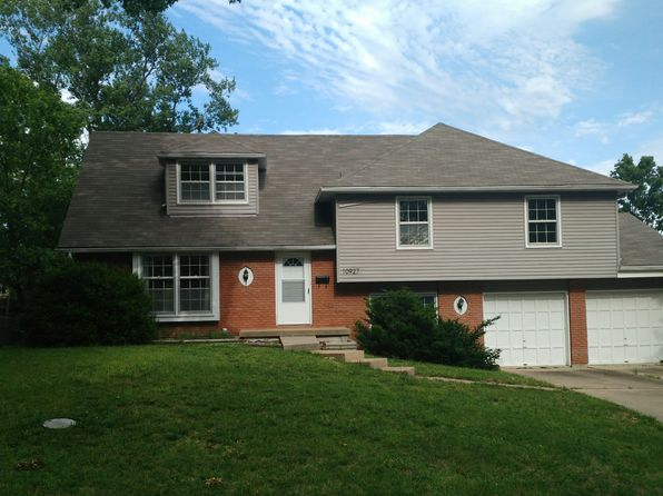 5 bed 2 bath Single Family at 10927 Cleveland Ave Kansas City, MO, 64137 is for sale at 180k - 1 of 9