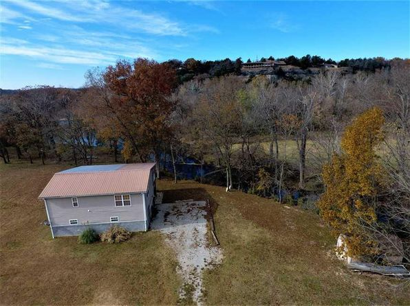 1 bed 2 bath Single Family at 525 Easy St Noel, MO, 64854 is for sale at 149k - 1 of 30