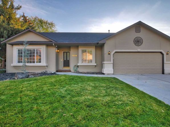 3 bed 2 bath Single Family at 1234 N Echohawk Way Eagle, ID, 83616 is for sale at 245k - 1 of 19