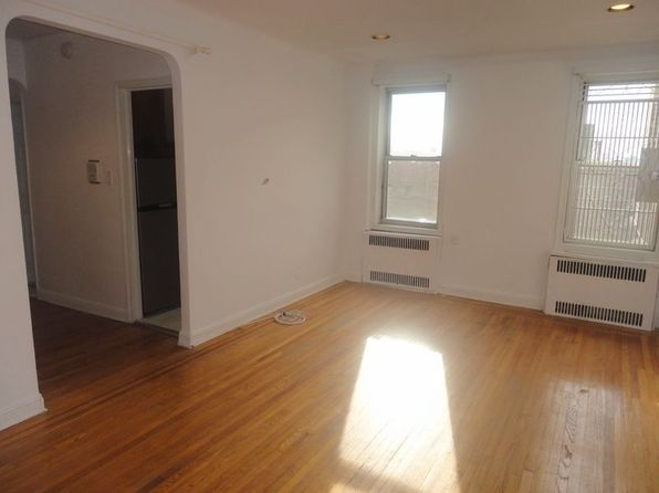 1 bed 1 bath Cooperative at 7612 35th Ave Jackson Heights, NY, 11372 is for sale at 325k - 1 of 9