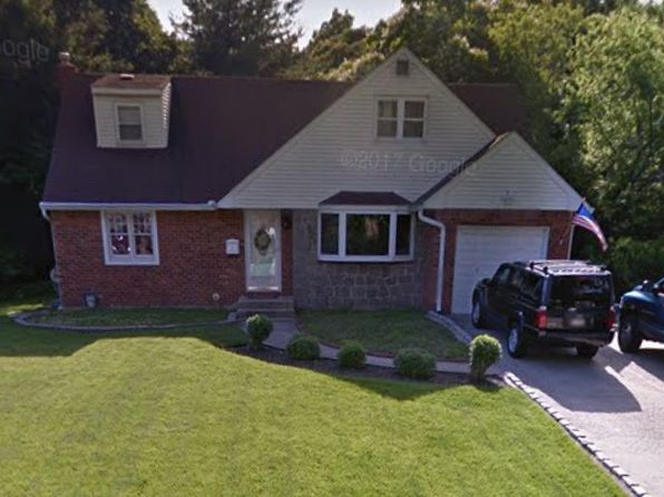 4 bed 2 bath Single Family at 15 FRANKLIN DR SMITHTOWN, NY, 11787 is for sale at 389k - google static map