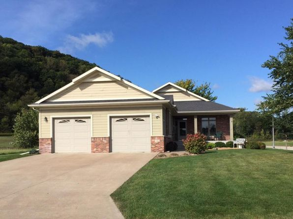 3 bed 3 bath Single Family at 528 Cottonwood Cir Lake City, MN, 55041 is for sale at 320k - 1 of 29
