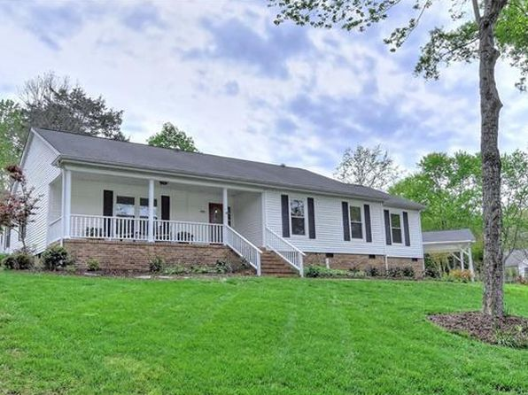 3 bed 3 bath Single Family at 4001 Bridgewood Ln Charlotte, NC, 28226 is for sale at 445k - 1 of 24