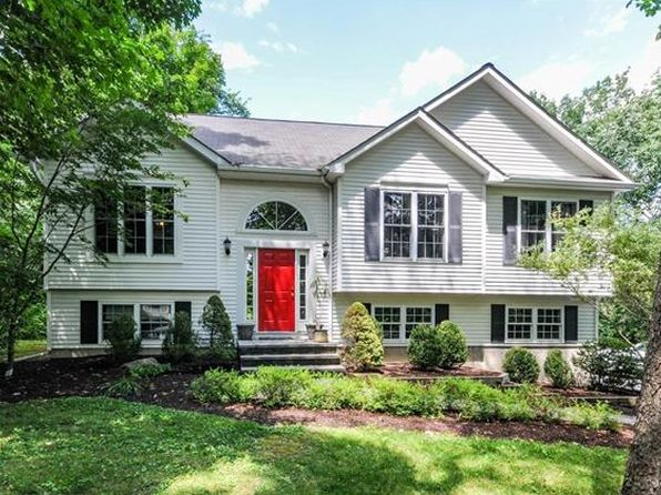 3 bed 3 bath Single Family at 138 County Route 1 Warwick, NY, 10990 is for sale at 350k - 1 of 26