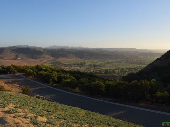 null bed null bath Vacant Land at 5 Monserate Pl Fallbrook, CA, 92028 is for sale at 495k - 1 of 7