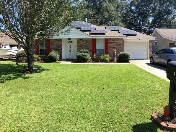 3 bed 2 bath Single Family at 126 Kelly Dr Slidell, LA, 70458 is for sale at 158k - 1 of 12