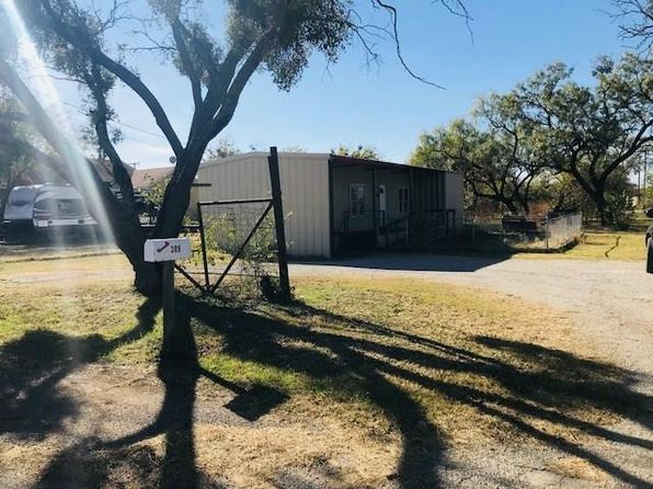 1 bed 1 bath Single Family at 309 S Iowa St Breckenridge, TX, 76424 is for sale at 27k - 1 of 17