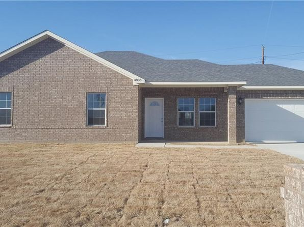 3 bed 2 bath Single Family at 4808 Jefferson St Greenville, TX, 75401 is for sale at 160k - 1 of 15