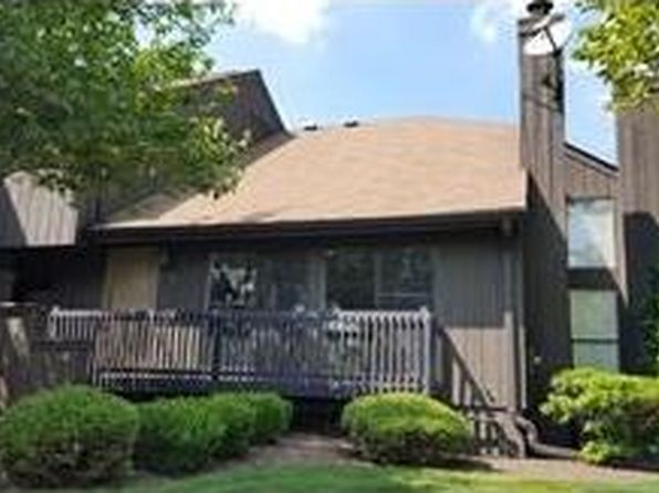 2 bed 3 bath Condo at 138 Westgate Dr Edison, NJ, 08820 is for sale at 400k - 1 of 25