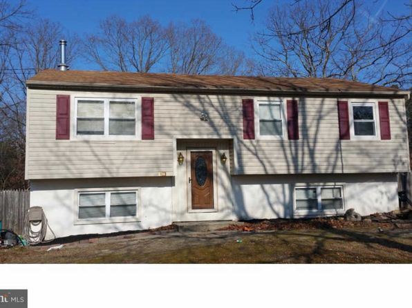 4 bed 2 bath Single Family at 300 Lakedale Rd Berlin, NJ, 08009 is for sale at 130k - google static map
