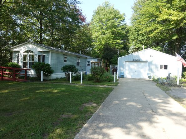 2 bed 2 bath Single Family at 3923 N Stark Rd Hope, MI, 48628 is for sale at 60k - 1 of 18