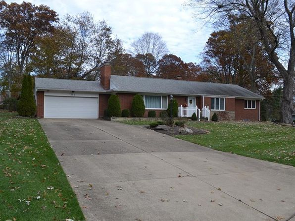 3 bed 3 bath Single Family at 311 Tanglewood Dr SW North Canton, OH, 44720 is for sale at 165k - google static map