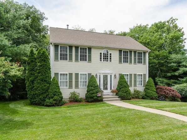 3 bed 2.5 bath Single Family at 3 Waterman Farm Rd Cumberland, RI, 02864 is for sale at 460k - 1 of 30