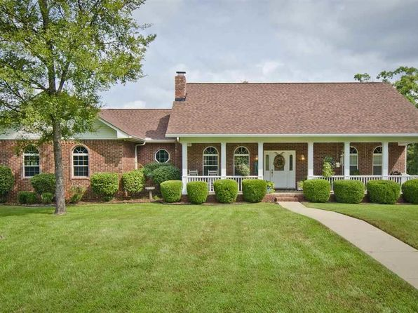 4 bed 4 bath Single Family at 220 Grand Ridge Ter Hot Springs, AR, 71901 is for sale at 369k - 1 of 33