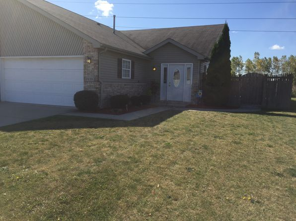 2 bed 2 bath Townhouse at 1939 W 86th Ln Merrillville, IN, 46410 is for sale at 130k - 1 of 13