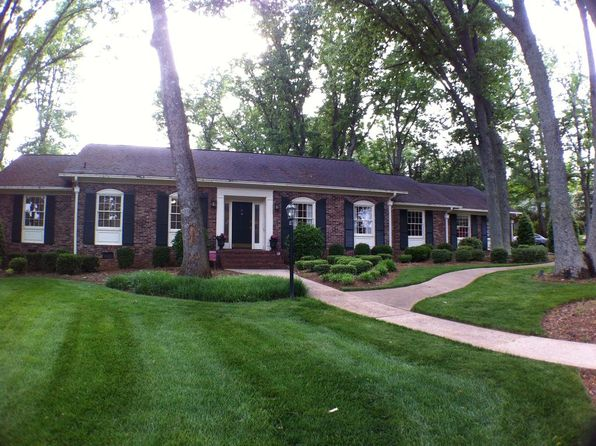 4 bed 4 bath Single Family at 1 Jamestown Dr Greenville, SC, 29615 is for sale at 379k - 1 of 21