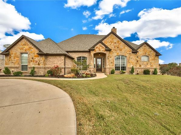 4 bed 4 bath Single Family at 1005 Lady Amber Ct Granbury, TX, 76049 is for sale at 430k - 1 of 35