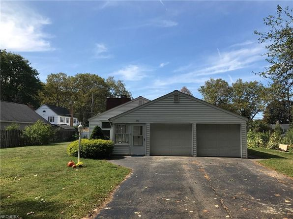 3 bed 1 bath Single Family at 1301 Oak Dr Ashtabula, OH, 44004 is for sale at 140k - 1 of 20