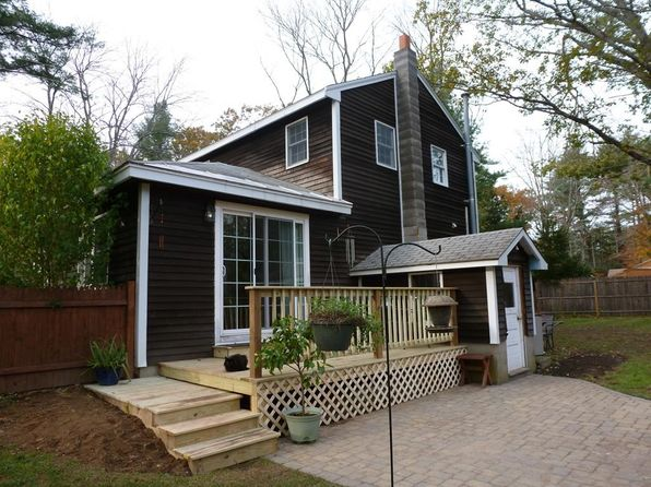 3 bed 1 bath Single Family at 11 Country Pond Rd Kingston, NH, 03848 is for sale at 210k - 1 of 13