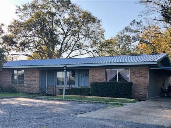 3 bed 3 bath Single Family at 704 COOK RD WINNIE, TX, 77665 is for sale at 140k - 1 of 15