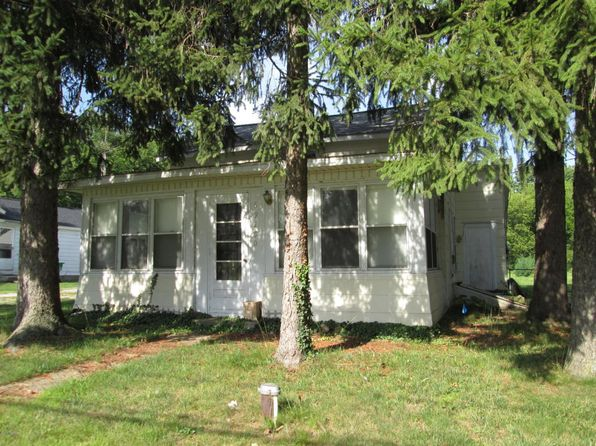 white pigeon gay singles For sale - 100 field street, white pigeon, mi - $199,000 view details, map and photos of this single family property with 4 bedrooms and 4 total baths mls# 18030408.