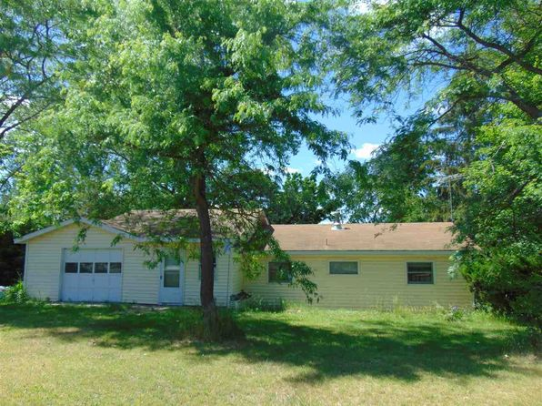 2 bed 1 bath Single Family at W5918 Freedom Rd Montello, WI, 53949 is for sale at 88k - 1 of 12