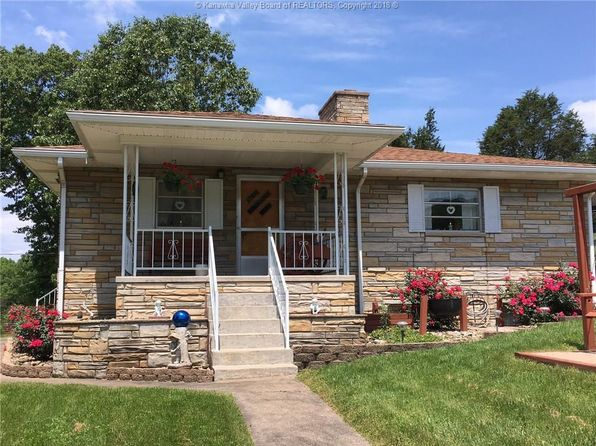 4 bed 2 bath Single Family at 108 Shirkey Ln Charleston, WV, 25320 is for sale at 160k - 1 of 27