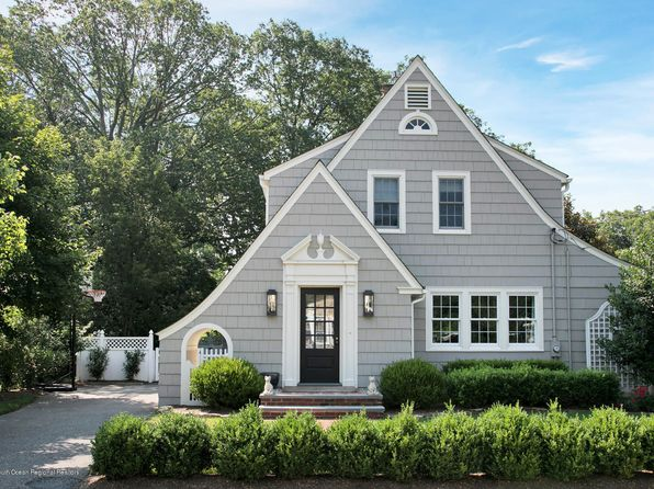 3 bed 3 bath Single Family at 17 Bruce Pl Rumson, NJ, 07760 is for sale at 899k - 1 of 24