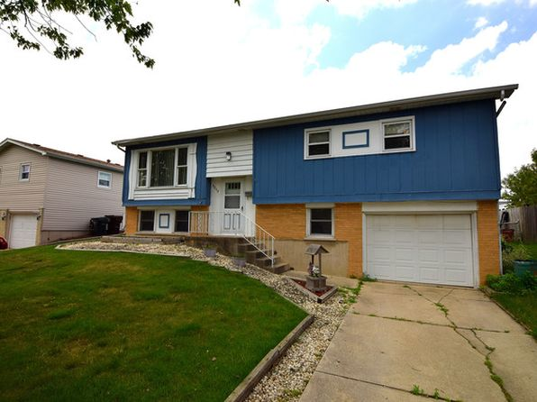 4 bed 2 bath Single Family at 5808 Orange Ln Oak Forest, IL, 60452 is for sale at 165k - 1 of 11
