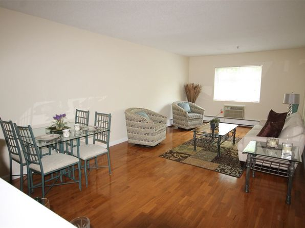 1 bed 1 bath Condo at 490 N River 21 Rd Manchester, NH, 03104 is for sale at 129k - 1 of 12