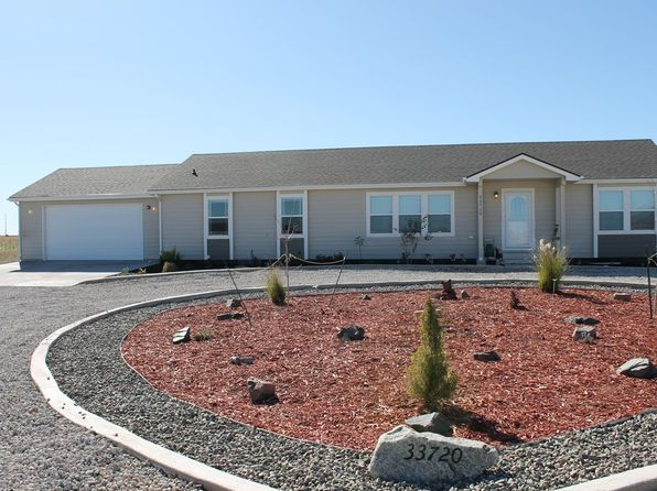 3 bed 2 bath Single Family at 33720 E 141st Ct Hudson, CO, 80642 is for sale at 415k - 1 of 28