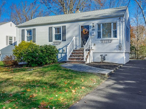2 bed 2 bath Single Family at 198 Livingston Ave New Providence, NJ, 07974 is for sale at 350k - 1 of 14