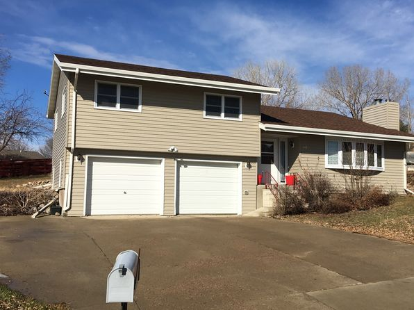 3 bed 2 bath Single Family at 117 Pasque Dr Pierre, SD, 57501 is for sale at 195k - 1 of 22